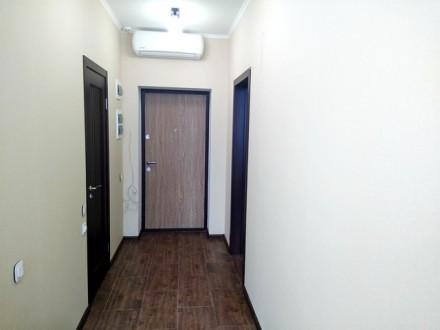 Квартира в отличном состоянии. Ламинат, стеклопакеты, новая сантехника и электро. Киевский, Одесса, Одесская область. фото 5