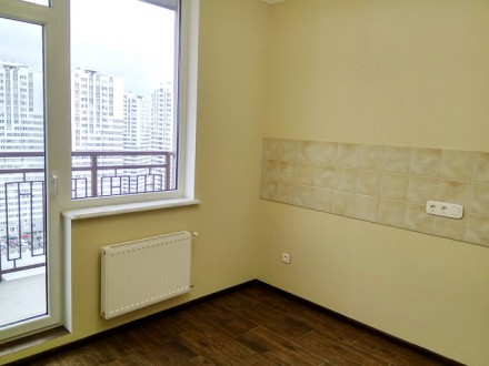 Квартира в отличном состоянии. Ламинат, стеклопакеты, новая сантехника и электро. Киевский, Одесса, Одесская область. фото 3