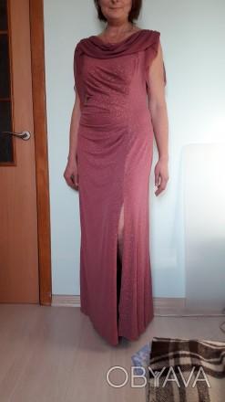 Очень красивое вечернее платье розово-сиреневого цвета с разрезом вдоль ножки. С. Киев, Киевская область. фото 1