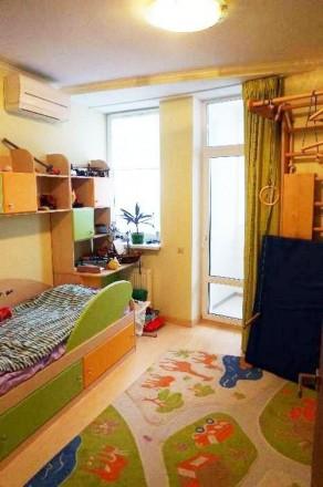 БЕЗ КОМИ$$ИИ! СПП коллегеАренда современной 2-уровневой квартиры на бульваре Дру. Киев, Киевская область. фото 11