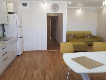 2-комнатная квартира, 85 кв.м. Винница. фото 1