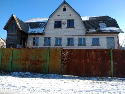 Продам дом-котедж недострой ( Коробка ) на участке с 6 соток Чернигов. Чернигов. фото 1