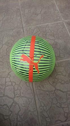 М'яч Puma. Розмір 5.. Стрый. фото 1