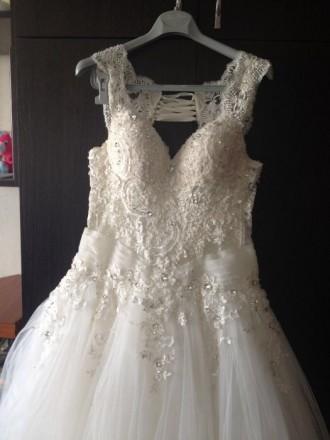 Продаю своє весільне плаття, в гарному стані, дуже ніжне є питання дзвоніть +380. Ровно, Ровненская область. фото 5