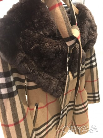 """burberry""""- відома фірма, якої є це пальто. Воротник-25см, довжина-82см, плече-5 . Киев, Киевская область. фото 1"""
