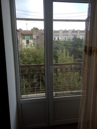 Сдается квартира 3х комнатная, этаж 3\4, ул.Суворова, сталинка, мягкий уголок и . Центр, Херсон, Херсонская область. фото 2