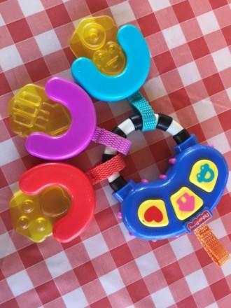 Погремушка-прорезыватель Музыкальные ключи Fisher Price. Буча. фото 1
