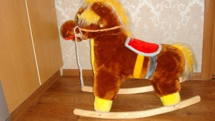 Лошадка-качалка.. Кривой Рог. фото 1