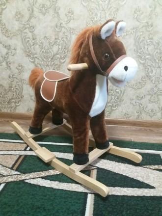 Музыкальная лошадь-качалка. Кривой Рог. фото 1