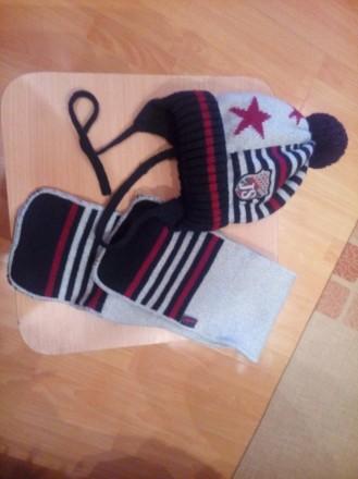 Шапочка с шарфиком. Цена-120грн.. Бердичев. фото 1