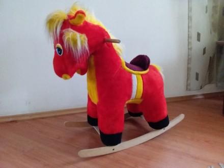 Конь качалка для ребенка мягкая игрушка лошадь качель качелька детская. Киев. фото 1