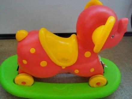 Качалка-слон. Днепр. фото 1