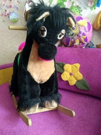 Лошадь качалка игрушка. Киев. фото 1