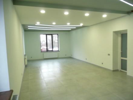 Оренда офісів в центрі міста Вінниці в новому триповерховому будинку. Винница. фото 1