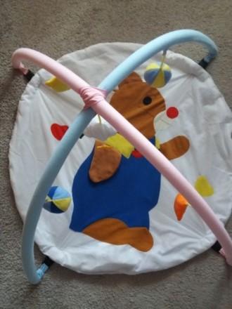 Продам развивающийся коврик. Черновцы. фото 1