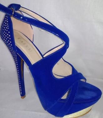 Жіночі босоніжки Тернопіль - купити жіноче взуття на дошці оголошень ... 50dbaa98e8de5