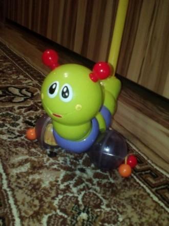 Игрушка гусеничка каталка. Киев. фото 1