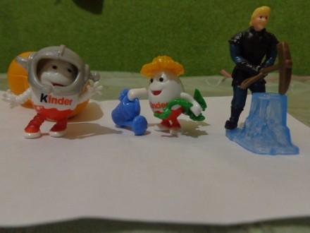 продам киндер игрушки повторюшки. Чугуев. фото 1