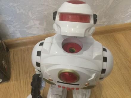 Продам игрового робота «защитник планеты». Киев. фото 1