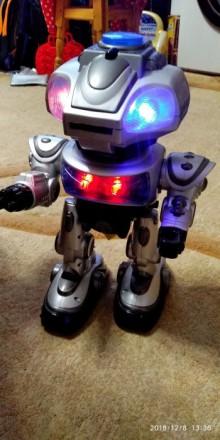Інтерактивний робот Електрон. Каменец-Подольский. фото 1