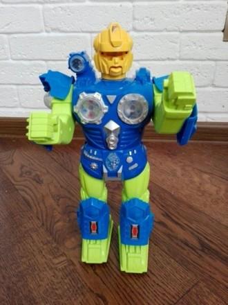 Робот. Радехов. фото 1