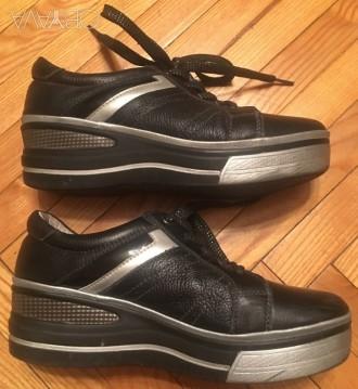 Ботинки на толстой подошве, черные, 36 разм. Киев. фото 1