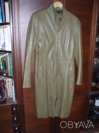 Кожанное пальто для девушки б/у