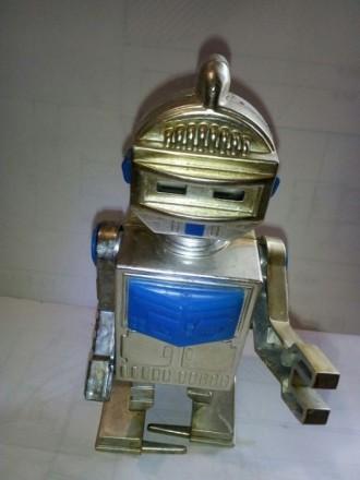 Игрушка робот СССР. Краматорск. фото 1