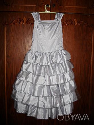 Продам изысканное, красивое, нарядное платье на девочку 5-7 лет. Размер 116. По . Черкассы, Черкасская область. фото 1
