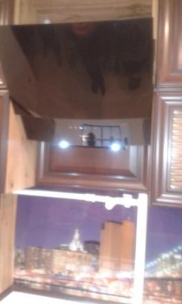 Квартира находится в Вознесеновском раойне(ранее Орджоникидзевском) в центре гор. Орджоникидзевский, Запорожье, Запорожская область. фото 3