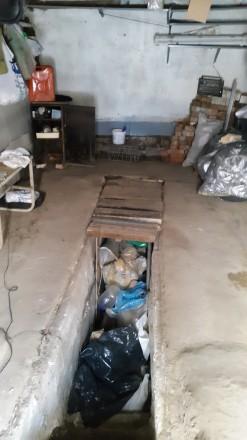 Железный гараж в ГСК  Пирогово в хорошем состоянии не гнилой ,крыша не погнута. . Пирогово, Винницкая область. фото 5
