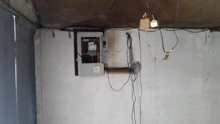 Железный гараж в ГСК  Пирогово в хорошем состоянии не гнилой ,крыша не погнута. . Пирогово, Винницкая область. фото 3