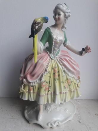 Фарфоровая статуэтка Дама с попугаем, Karl Ens, Германия, 1920-30 гг В-25.5 см. Львов. фото 1