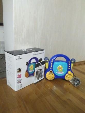 Детская караоке-система Auna Rockpocket Cd/Aux/2 микрофона Германия. Хуст. фото 1