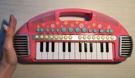 Музыкальный синтезатор-клавиатура ELC, очень качественная игрушка. Днепр. фото 1