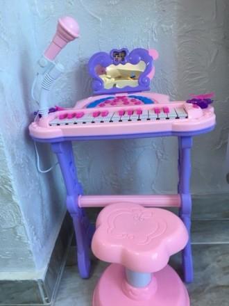 Продам синтезатор для дівчинки. Ровно. фото 1