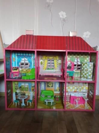 Очень красивый дом для кукол. Кременчуг. фото 1