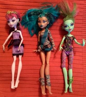 Комплект - 3 экзотичные куклы барби и лошадь - б/у, подвижные, одежка. Запорожье. фото 1