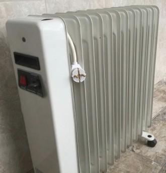 Масляный радиатор на 12 секций в отличном состоянии, 6 режимов, 2500 Вт, площадь. Черноморск (Ильичевск), Одесская область. фото 3