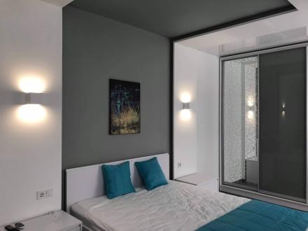 Укомплектована нова квартира з дизайнерським ремонтом.  Усе нове 12000+ ліч П. Автовокзал, Ровно, Ровненская область. фото 2