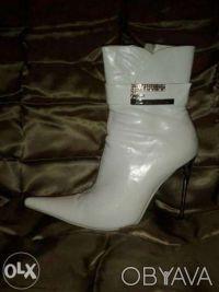 Белый ботиночки. Одесса. фото 1