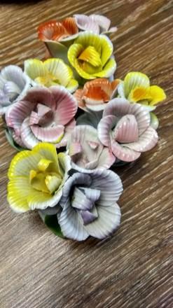 Продам фарфоровые цветы бутон в количестве 4 шт - все за 300 гривень, производст. Одесса, Одесская область. фото 3