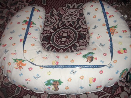 Подушка для кормления. Отличная вещь при процессе грудного вскармливания. Маме н. Кривий Ріг, Днепропетровская область. фото 4