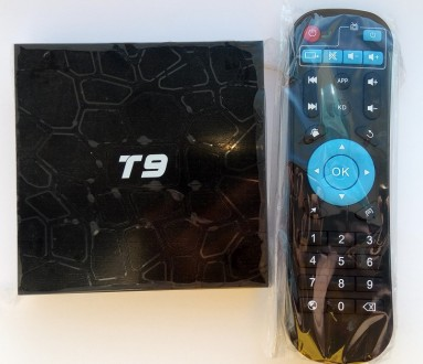 Tv Box Sunvell T9 (4 ядра RK3328, 4/32GB, Android 8.1, дисплей с часами). Киев. фото 1