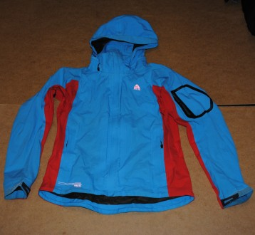 Nike acg куртка штормовка женская найк. Полтава. фото 1