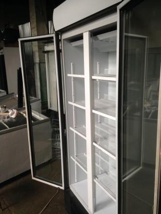 Холодильники шкафы бу, дверь разсувная, стекло. Для витринных целей - выставка . Киев, Киевская область. фото 3