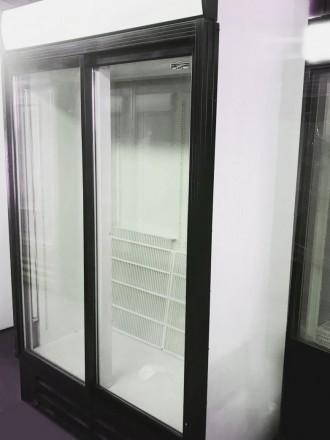 Холодильный шкаф - витрина б/у. Компактность, объем и качественная сборка. Раз. Киев, Киевская область. фото 4