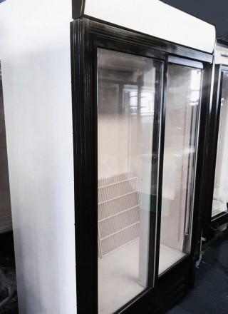 Холодильный шкаф - витрина б/у. Компактность, объем и качественная сборка. Раз. Киев, Киевская область. фото 3