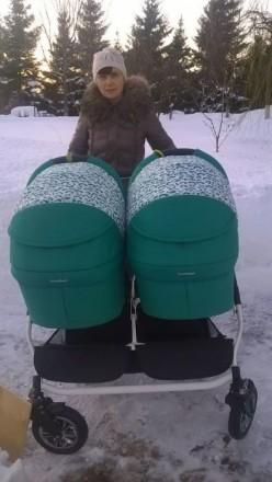 Срочно продам коляску для двойни в отличном состоянии. Мариуполь. фото 1