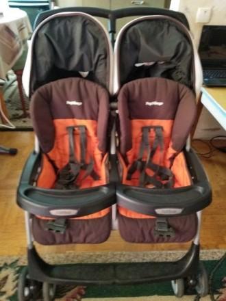 Продам прогулочную коляску для двойни Peg-Perego Aria Twin. Мелитополь. фото 1